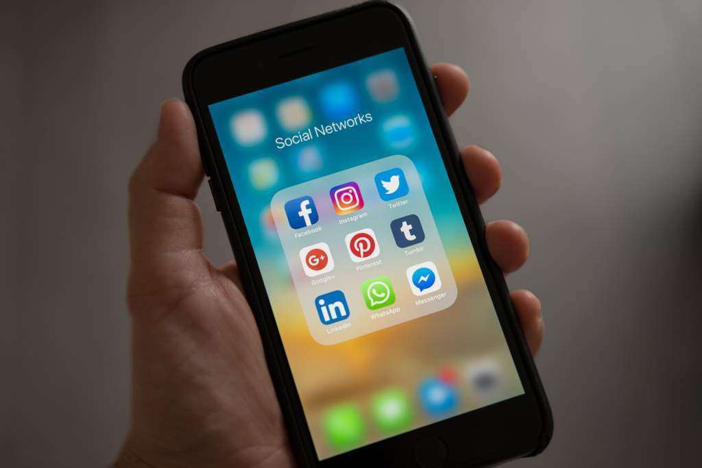 Social Media Resize